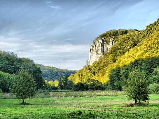 Camping near Kraków, Będkowska Valley. Widok na Sokolicę.