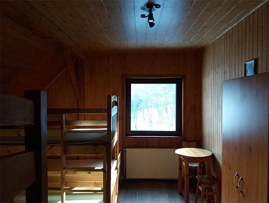 Pokój nr 4 na piętrze, schronisko Dolina Będkowska