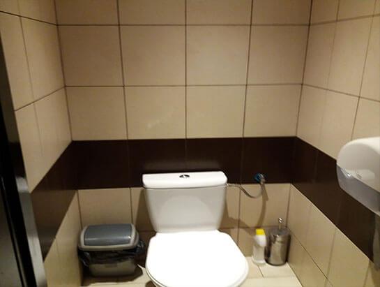 Ubikacja w łazience na parterze